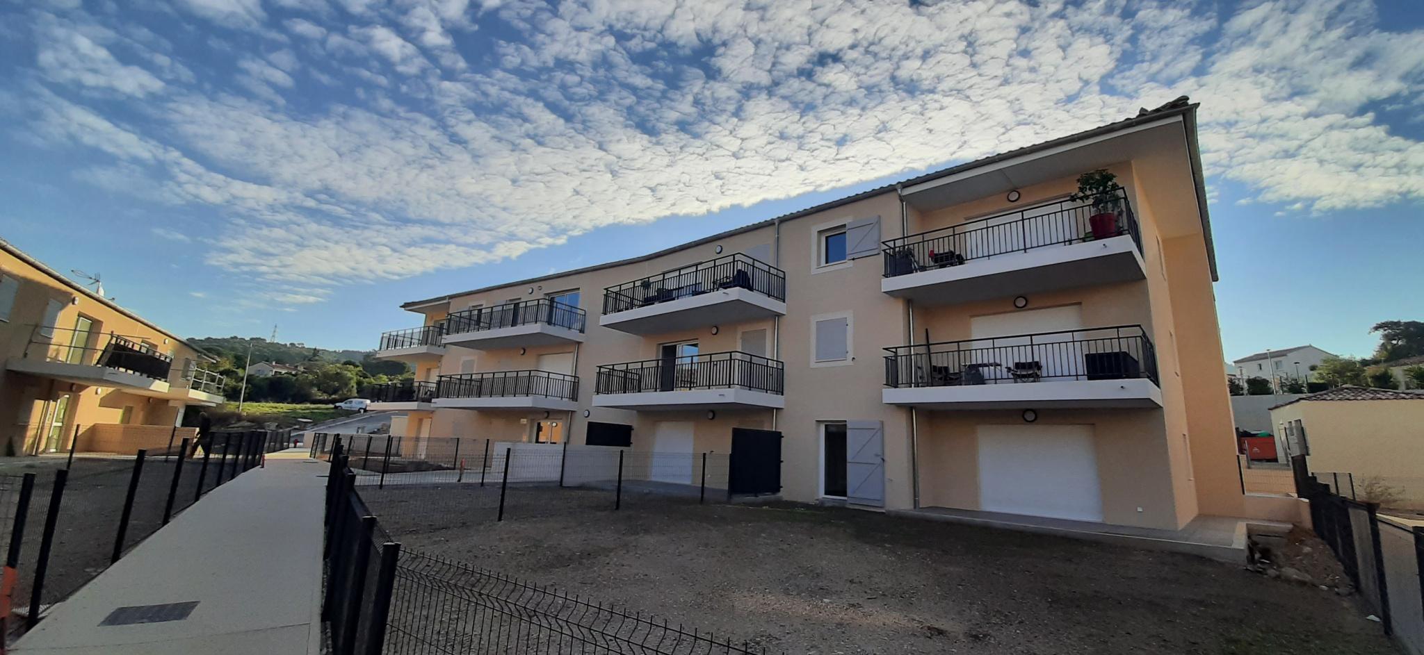 location-appartement-Le-Logis-Neuf-13190-2 pièces