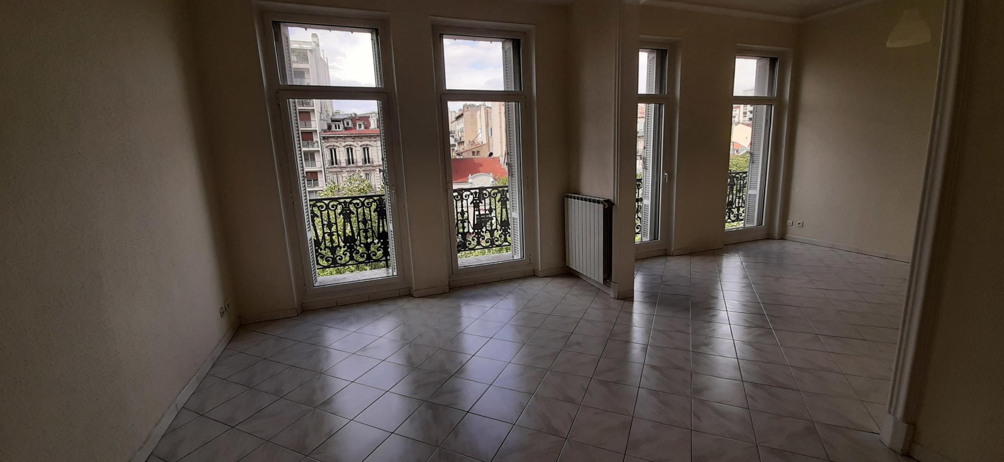 location-appartement-Marseille-13006-4 pièces
