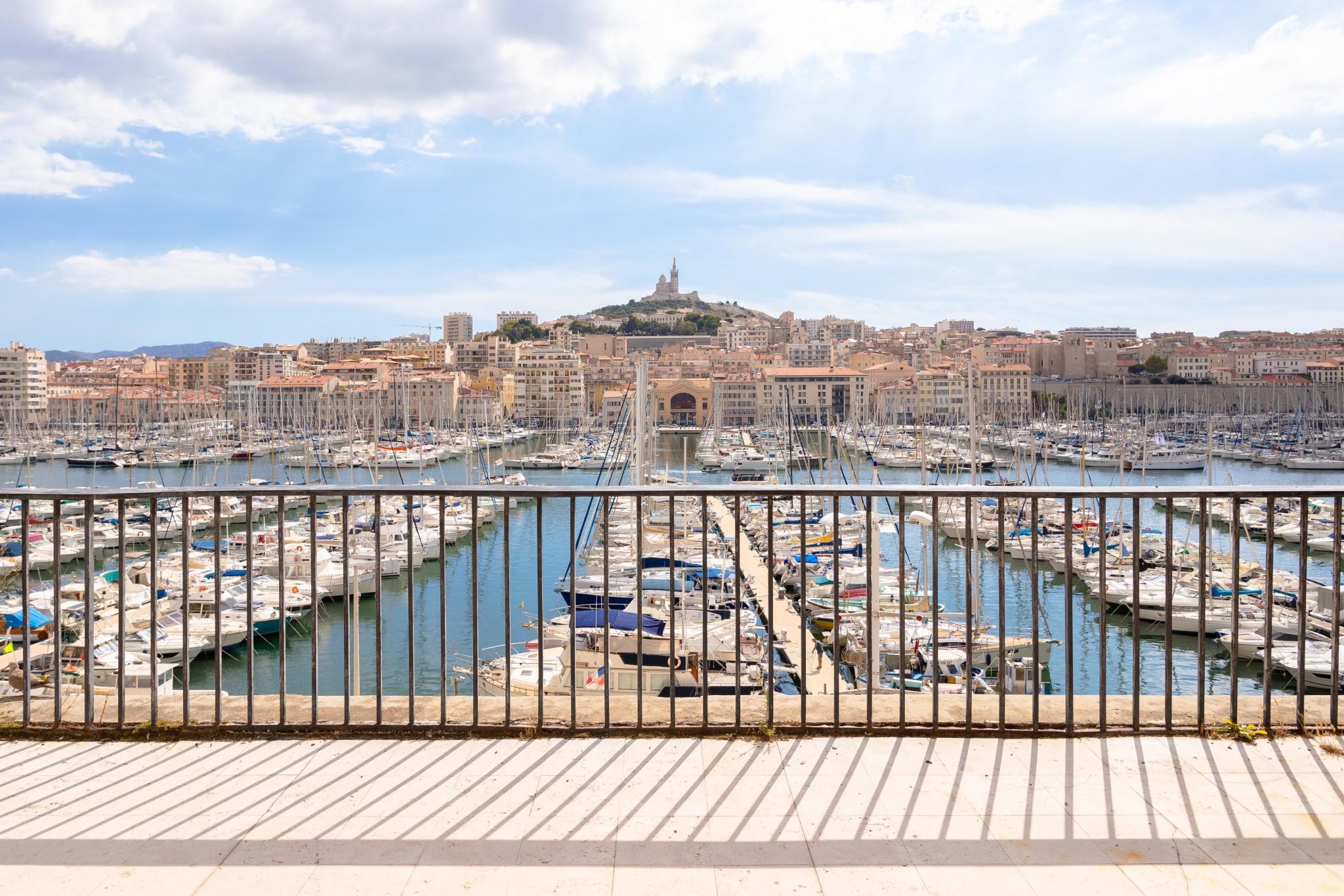 vente de prestige-appartement-Marseille-13002-3 pièces