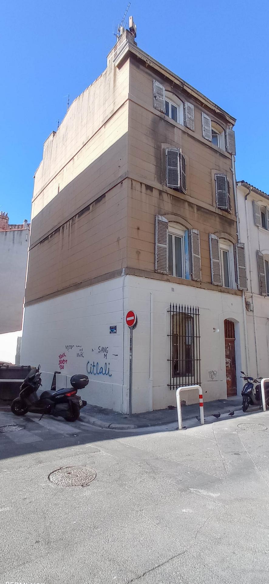 vente-immeuble-Marseille-13006-10 pièces