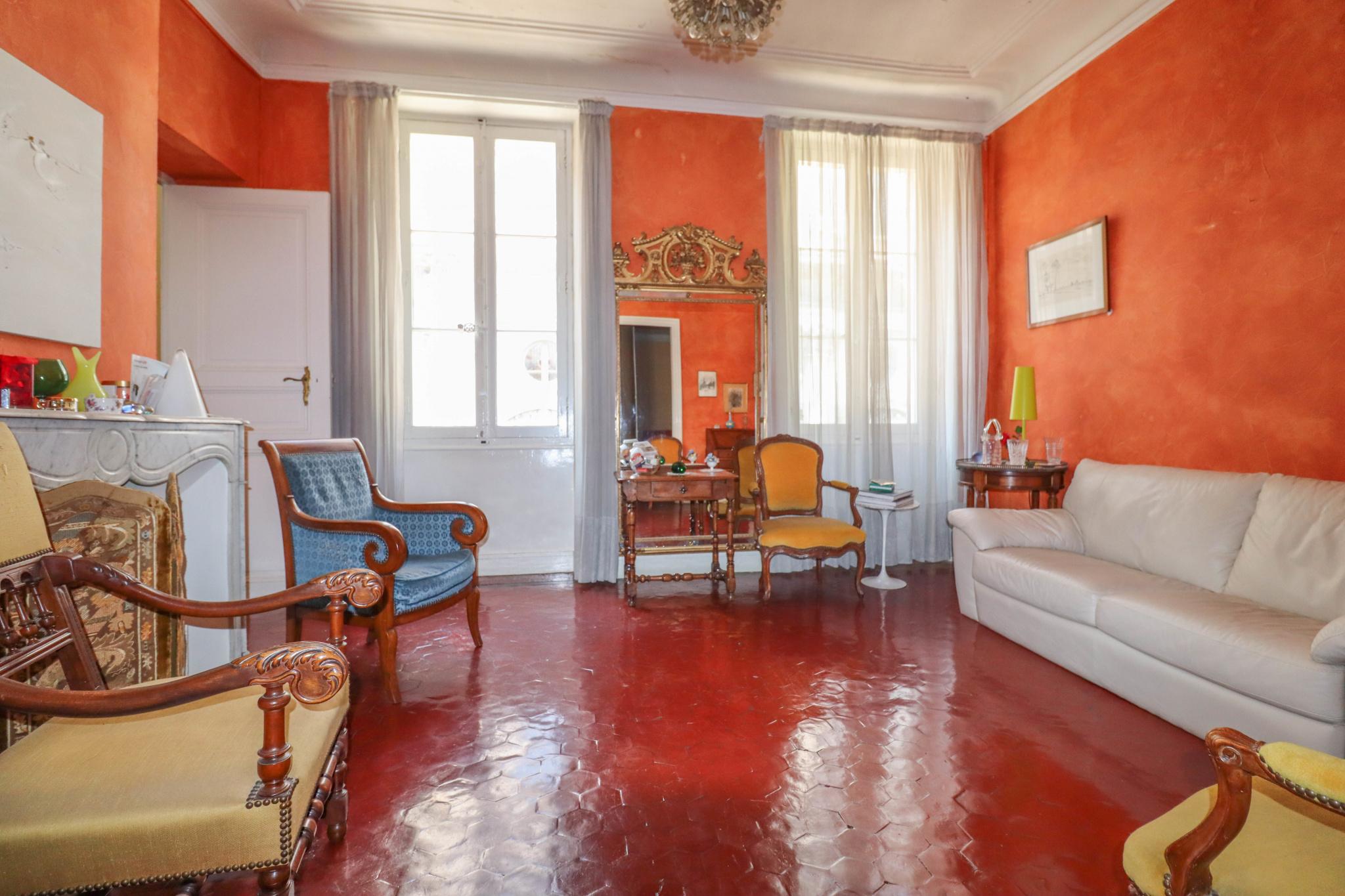 vente-appartement-Marseille-13006-5 pièces